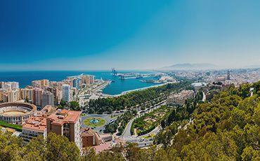 Teaser Sprachreise Malaga Blick auf die Stadt von Gibralfaro