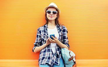 Teaser Sprachschüler mit Smartphone