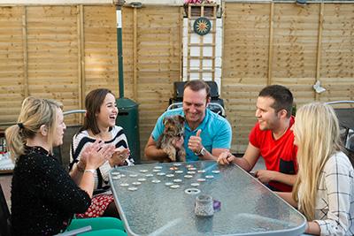 Sprachaufenthalt Dublin in Irland Spieleabend mit Gastfamilie