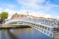 Sprachreisen nach Dublin in Irland - Ha'penny Bridge