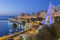 Sprachreisen nach Malta St. Pauls Bay - Blick auf die Promenade