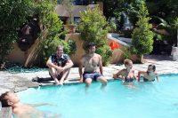 Sprachschule in Kapstadt - Sprachschueler im Pool
