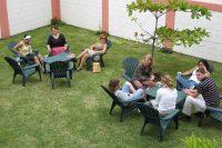 Sprachschule in Santo Domingo de Heredia für Erwachsene in Costa Rica - Pause im Garten