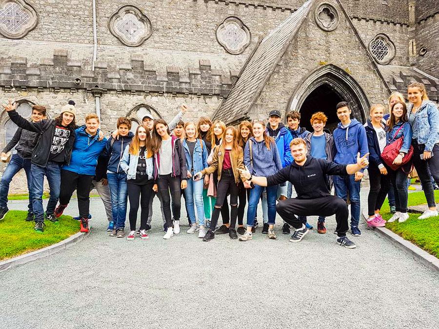 Schülergruppe während Sprachferien in Dublin Maynooth Freizeitprogramm