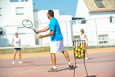 SprachePLUS Tennis Sprachferien in Spanien