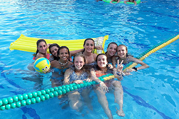SprachePlus Wassersport Sprachferien Spanien