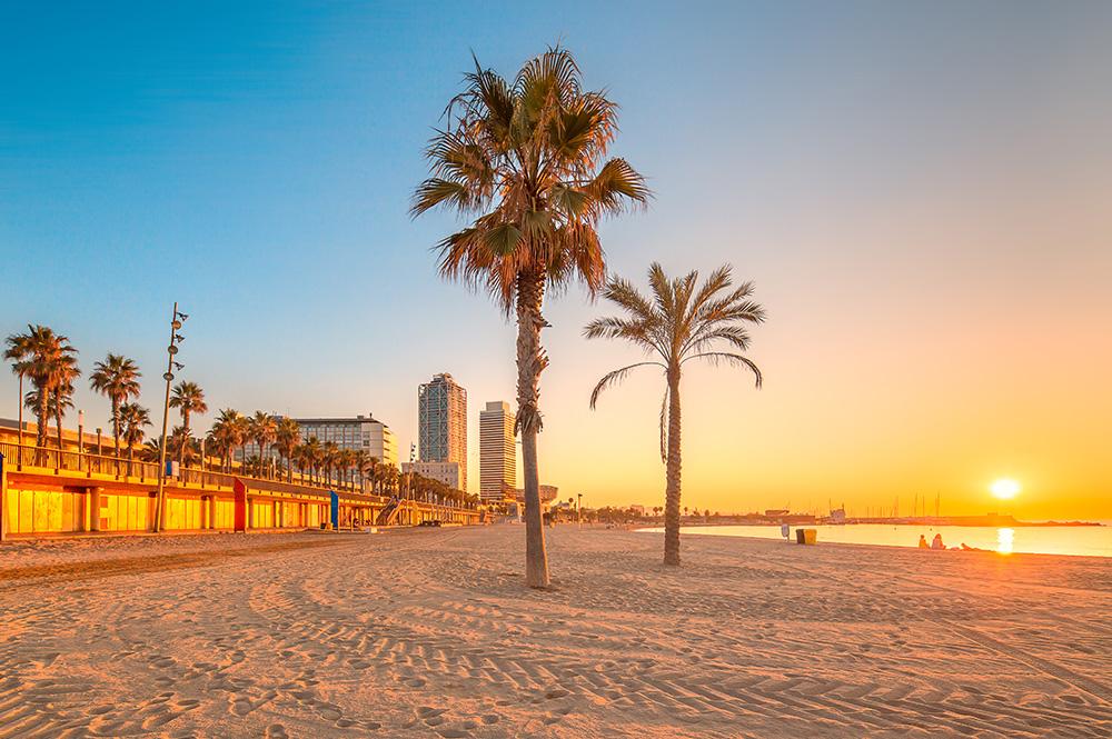 Sprachreisen für Schüler in Barcelona Barceloneta Beach